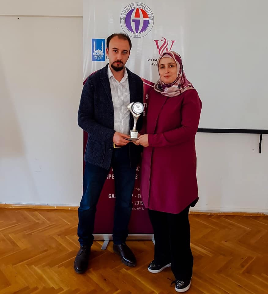 The Women's Support Foundation honors Gaziantep University students in the Department of Sociology